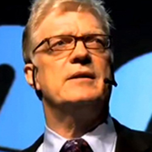 Sir Ken Robinson on the innotown stage